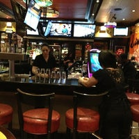 Photo taken at TGI Fridays by Röb on 2/8/2013