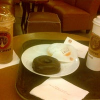 Photo taken at J.Co Donuts & Coffee by Vikaa N. on 6/25/2013