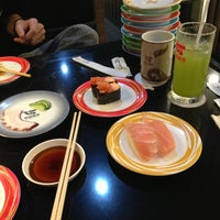 Photo taken at Heiroku Sushi by ħΘɴĢ(▰˘◡˘▰) on 3/6/2013