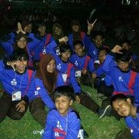 Photo taken at SMA Negeri 2 Kediri by Tri Auri P. on 12/25/2013