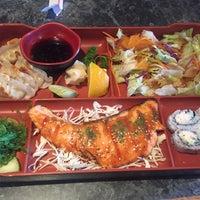 Photo taken at Osaka Sushi by Noemi L. on 11/12/2015