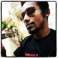 Photo taken at Dhanmondi 27 by Nafis S. on 10/11/2013