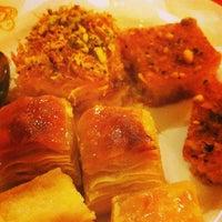 Photo taken at Al Shami Home Restaurant by Barree N. on 7/13/2013