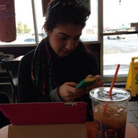 Photo taken at Dunkin' Donuts by Sofia G. on 1/27/2014