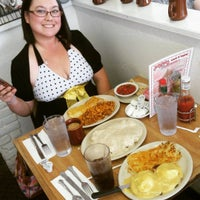 Photo taken at Jerry Bobs Resturant by Blakely G. on 5/1/2016