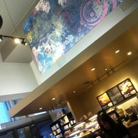 Photo taken at Starbucks by WiLL on 10/20/2012