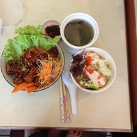 Photo taken at One Noodle 全一拉麵茶餐廳 by Kok K. on 4/26/2014