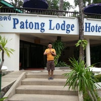 Photo taken at Patong Lodge Hotel by Nazrul Iszaidy I. on 11/11/2012