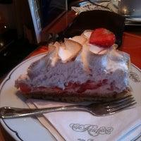 Photo taken at Café Reichard by Michel V. on 12/9/2011