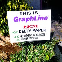 Photo taken at GRAPHLINE by TONY A. on 12/20/2011