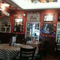 Photo taken at Buca Di Beppo by Yurixy R. on 9/14/2012
