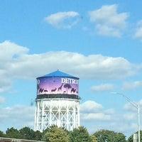 Photo taken at Detroit Zoo Water Tower by Abdullah Yilmaz T. on 9/16/2014