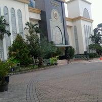 Photo taken at Masjid Agung AL-BARKAH Bekasi ® by Tata J. on 10/14/2013