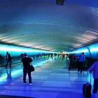 Photo taken at Detroit Metropolitan Wayne County Airport (DTW) by Ian W. on 9/16/2013