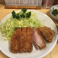 Photo taken at Tonkatsu Enraku by 五右衛門 on 4/12/2015