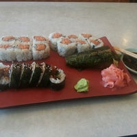 Photo taken at Edo Japanese Restaurant by Ricardo D. on 7/25/2013