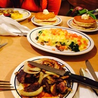 Photo taken at IHOP by Akilah N. on 11/23/2013