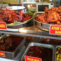 Photo taken at Restoran Haji Ramli Nasi Kandar by Mohd A. on 2/14/2013