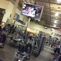 Photo taken at 24 Hour Fitness by Bernice Y. on 9/15/2013