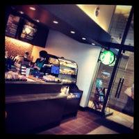 Photo taken at Starbucks Coffee 霞ダイニング店 by shun m. on 7/3/2013