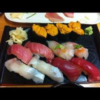 Photo taken at Geta Sushi by Vinh L. on 9/15/2012