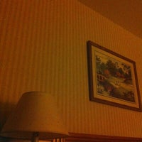 Photo taken at Rodeway Inn Red Hills by Neth S. on 1/4/2013
