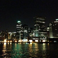Photo taken at Circle Line Sightseeing Cruises by KaZ on 12/24/2012