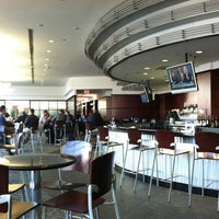 Photo taken at United Club by Kenny T. on 10/18/2012