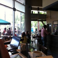 Photo taken at Starbucks by Ivan R. on 6/19/2013