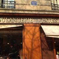 Photo taken at Boulangerie-Pâtisserie Lohezic by Omar B. on 3/27/2014