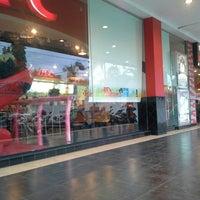 Photo taken at KFC by Nickson JPM on 4/18/2014