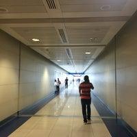 Photo taken at Emirates Metro Station محطة مترو طيران الإمارات by Janry Nicolas A. on 5/14/2016