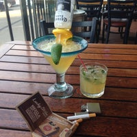 Photo taken at Chili's by Ale M. on 4/13/2014