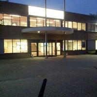 Photo taken at Zwembad Sportfondsenbad Nijmegen-West by Astrid v. on 9/4/2013