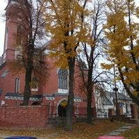 Wąwolnica Kościół