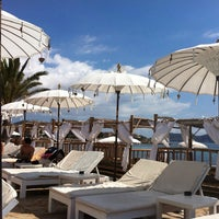 Photo taken at La Jacaranda Lounge Ibiza by Brit T. on 7/14/2014