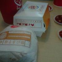 Photo taken at Burger King by Bibe C. on 12/7/2012