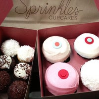 Photo taken at Sprinkles Cupcakes by DJ d. on 7/21/2013