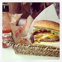 Photo taken at Egg & Burger by Nihat B. on 4/14/2013