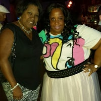 Photo taken at Oze Tavern by Diana H. on 8/2/2014