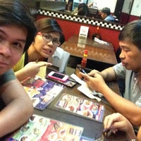 Photo taken at Rufo's Famous Tapa by Jonathan P. on 4/14/2014