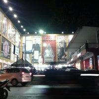 Photo taken at Sultan Keraton Mojopahit by Ojet P. on 4/13/2013