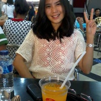 Photo taken at SAIMEN - Bakery, Noodle, Fried Chicken @ Prapto by Vella Satyakencana S. on 10/27/2013