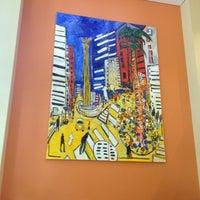 Photo taken at Holiday Inn Express by Maximiliano V. on 11/24/2012