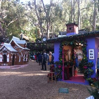 Photo taken at Sawdust Art Festival by Winston S. on 12/21/2014