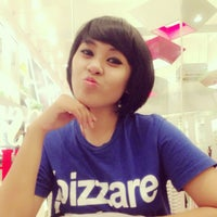 Photo taken at Pizza Hut by Ary on 8/9/2013