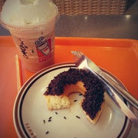 Photo taken at Dunkin Donuts by Fetri P. on 7/22/2013