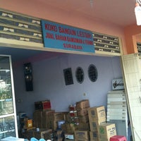 Photo taken at Koko Bangun Lestari by Indra S. on 1/28/2012
