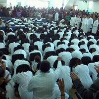 Photo taken at Assembleia de Deus - Madureira by Ronaldo F. on 12/4/2011