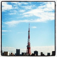 Photo taken at 六本木ヒルズ 66プラザ by gentleman l. on 10/26/2011
